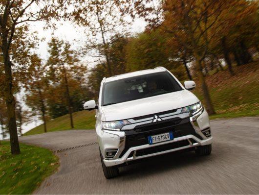Nuovo Mitsubishi Outlander PHEV 2020 test drive