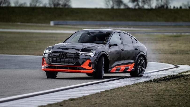 Audi e-tron Sportback S tre motori