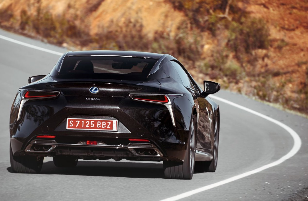 Lexus LC ibrida 10 marce
