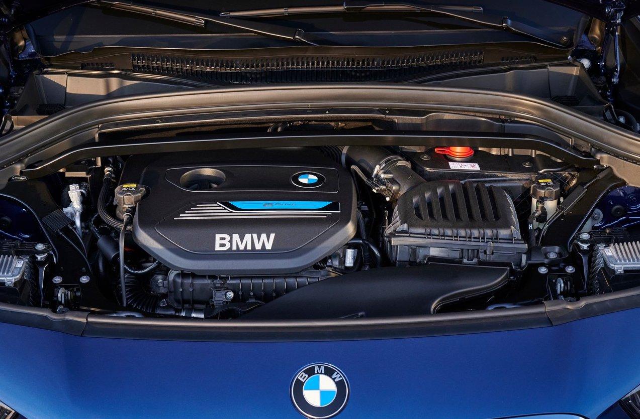 Motore BMW X1 ibrida plug-in