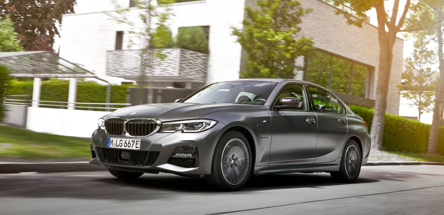 Nuova BMW Serie 3 ibrida plug-in 2020 leasing why buy flash