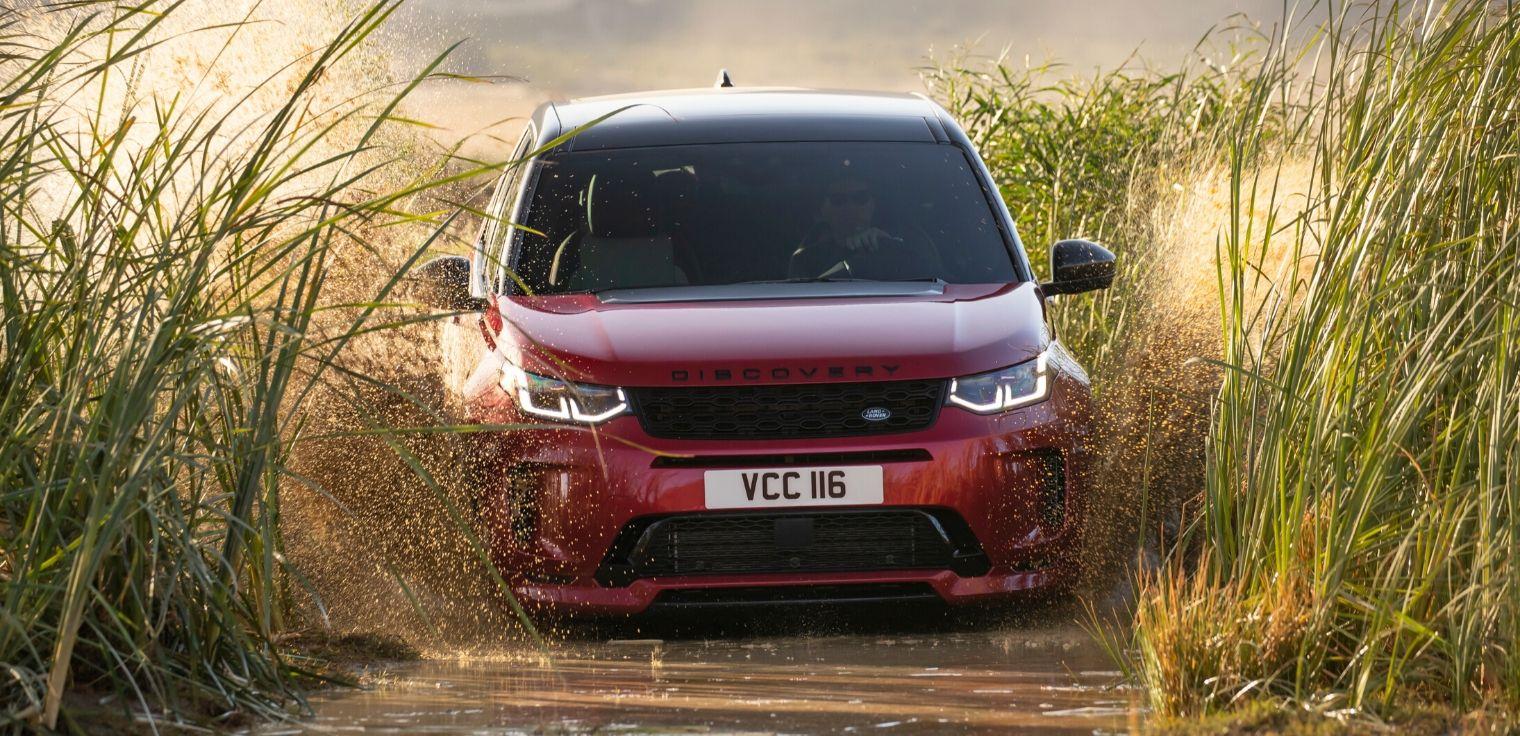 Nuova Land Rover Discovery Sport 2020 fuoristrada