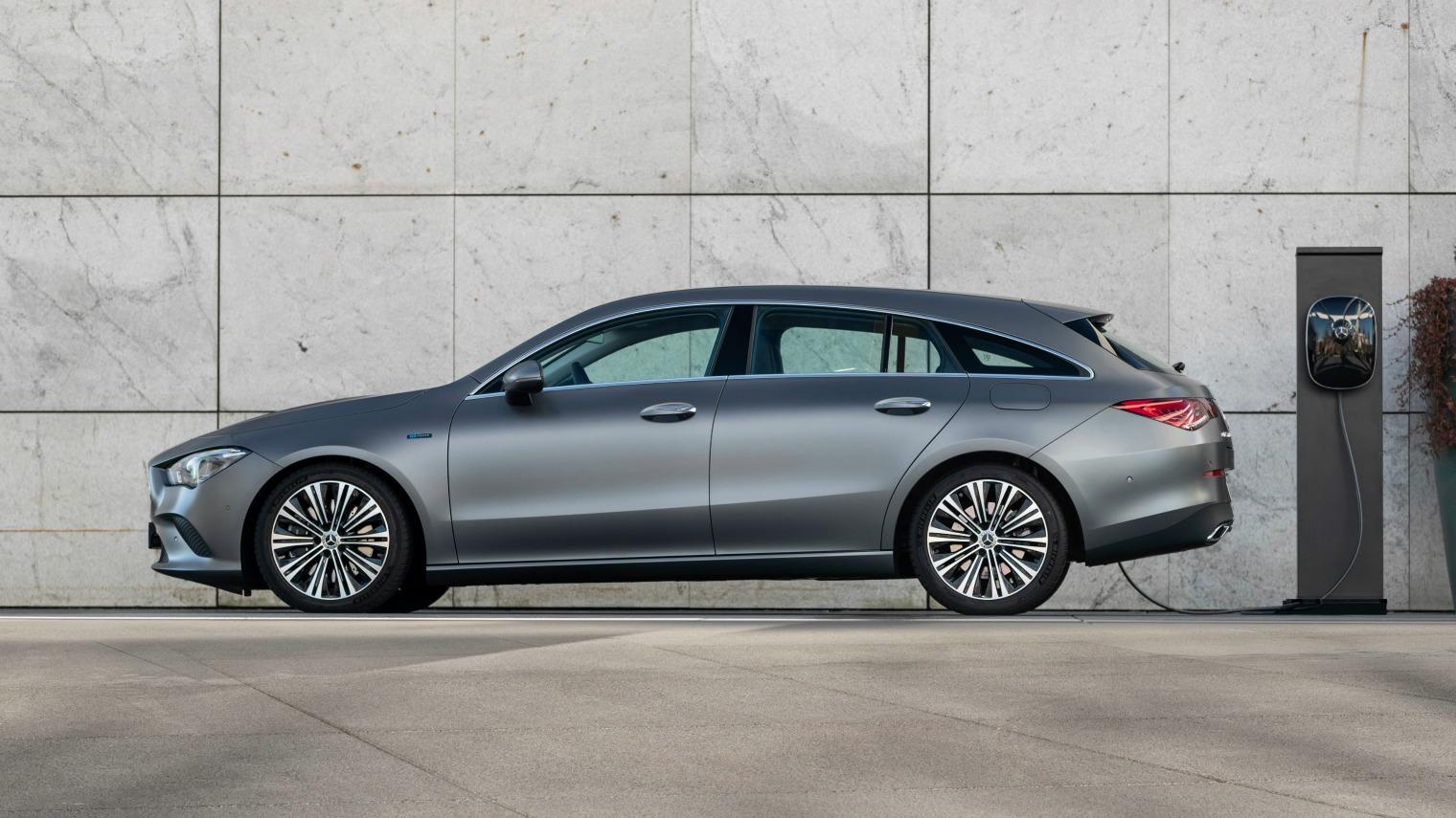 Nuova Mercedes CLA Shooting Brake ibrida plug-in 2020