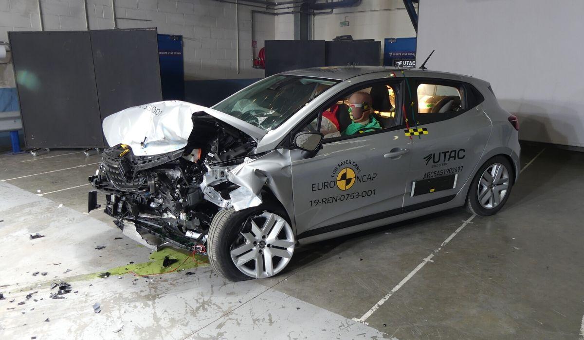 Nuova Renault Clio test Euro NCAP