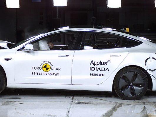 Nuova Tesla Model 3 auto sicura euro ncap