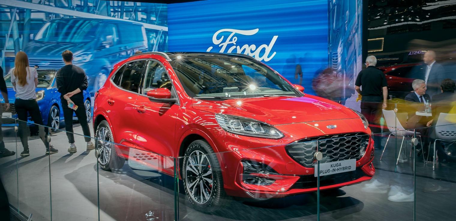 nuova Ford Kuga 2020