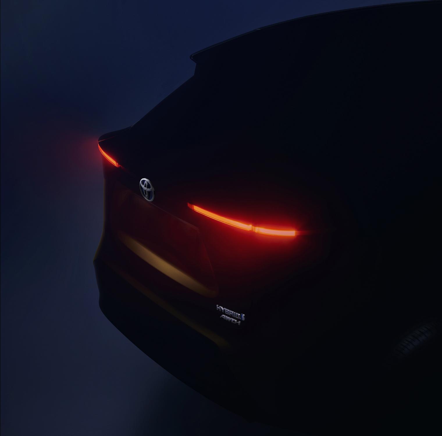 B-Suv Toyota teaser