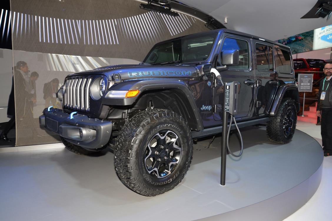 Jeep Wrangler ibrida plug-in
