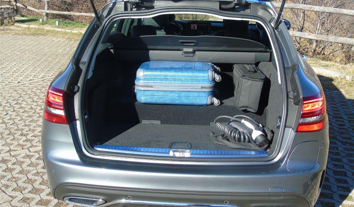 Mercedes Classe C plug-in hybrid SW bagagliaio