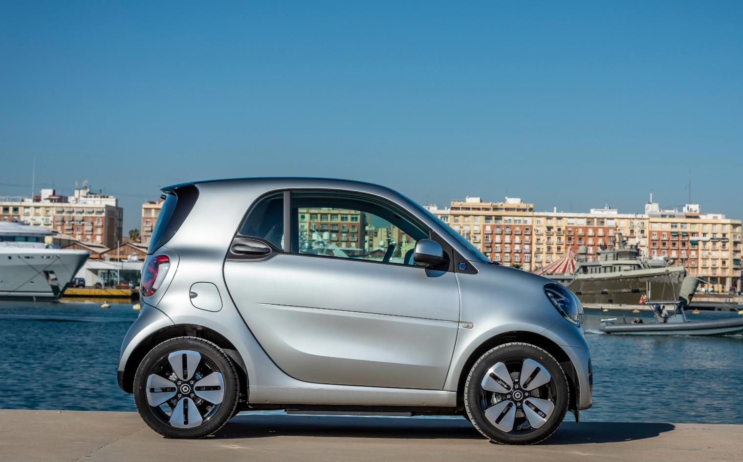 Nuova Smart EQ fortwo 2020