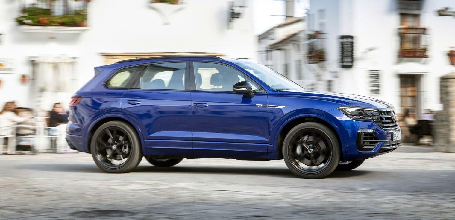 Nuova Volkswagen Touareg R ibrida plug-in 2020 al Salone di Ginevra