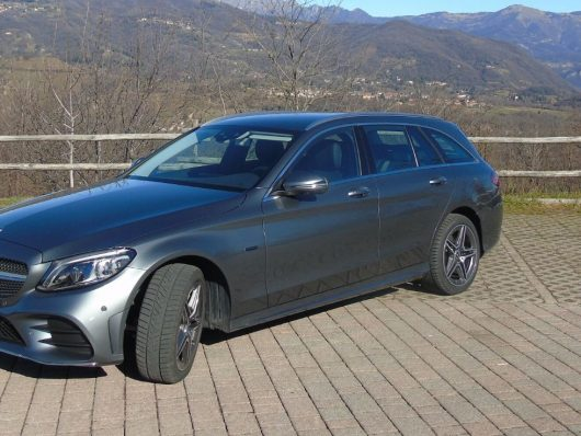 Test drive Mercedes Classe C diesel ibrida plug-in 2020
