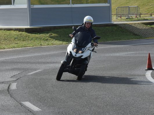 Test drive Poste italiane Vallelunga