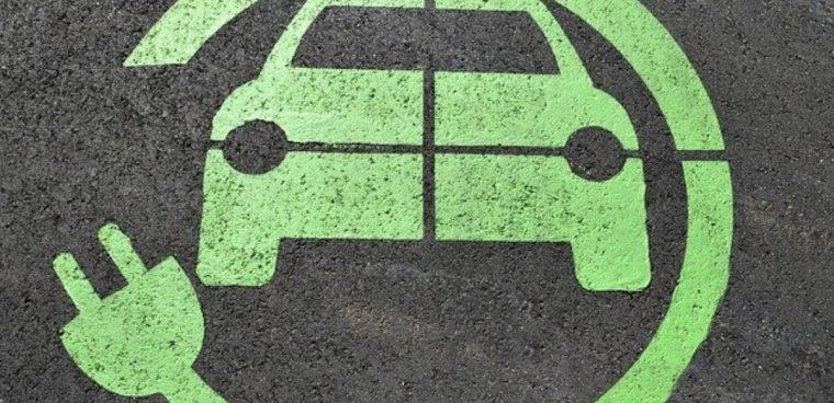 Cambia la normativa sull'ecobonus e sul bollo auto