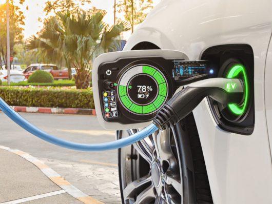 crescita auto elettriche