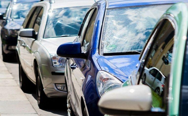 Consigli su come proteggere l'auto parcheggiata per coronavirus