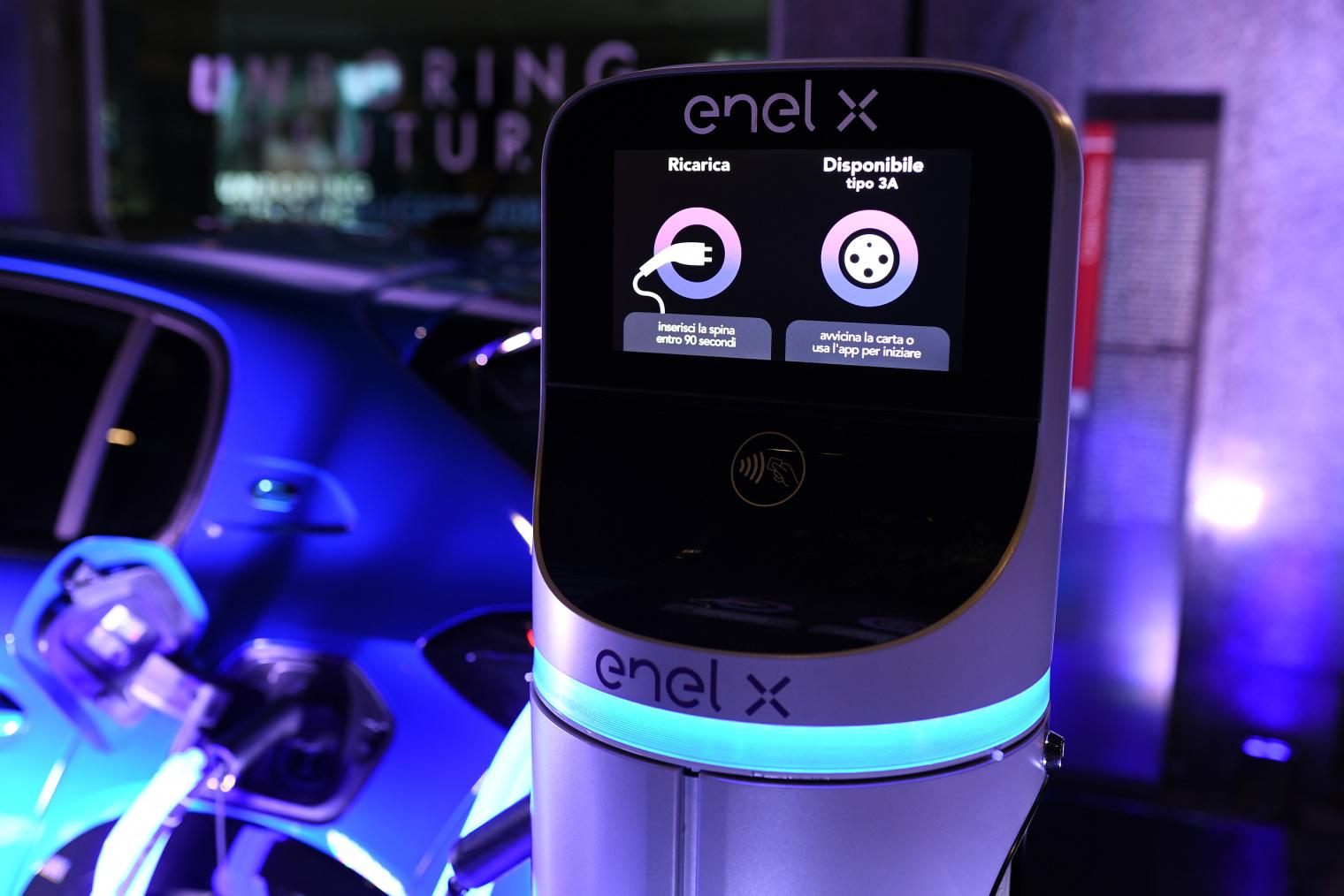 Groupe PSA Enel X