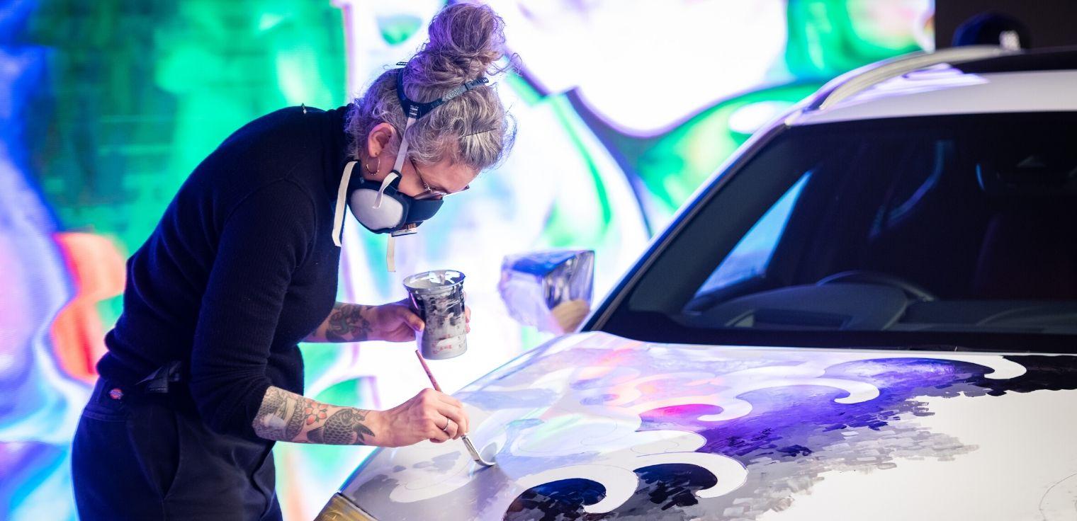 Lexus UX tatuata verniciatura