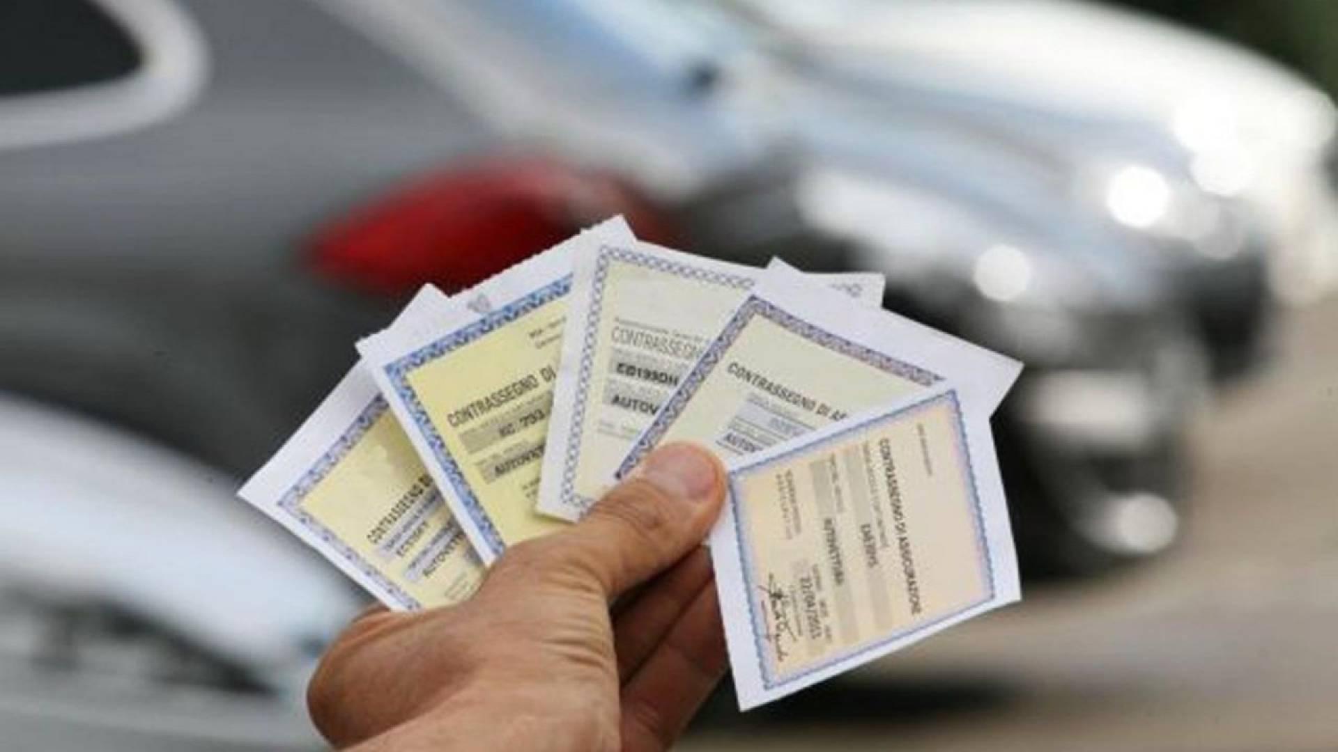 Sospensione pagamento RC Auto