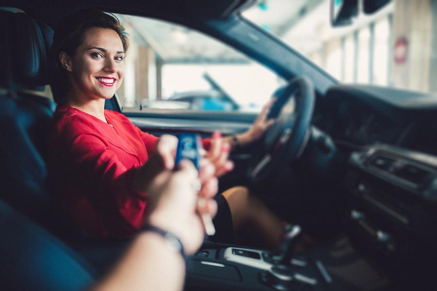 Il crollo del noleggio auto ad aprile: l'appello di Aniasa al Governo