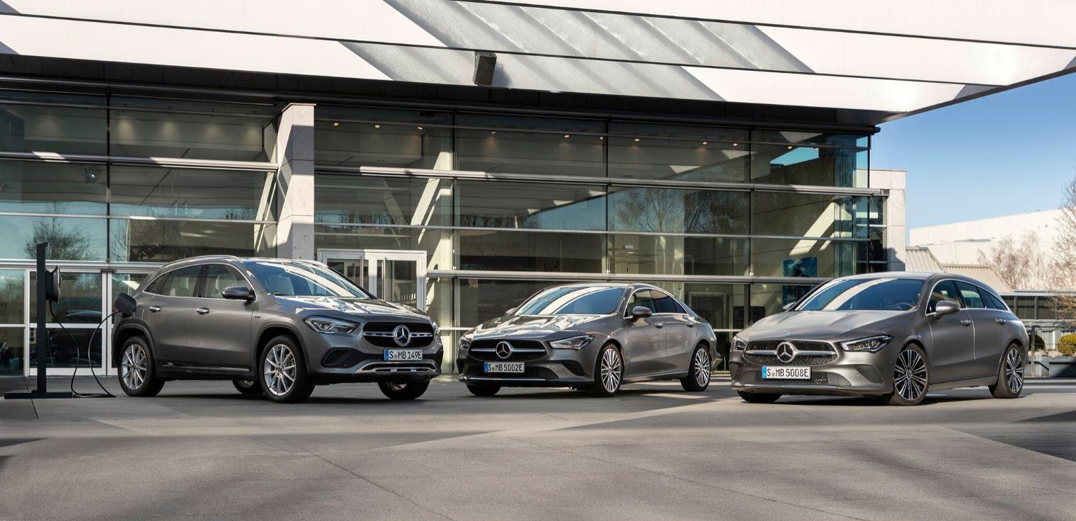 Auto compatte Mercedes ibride plug-in