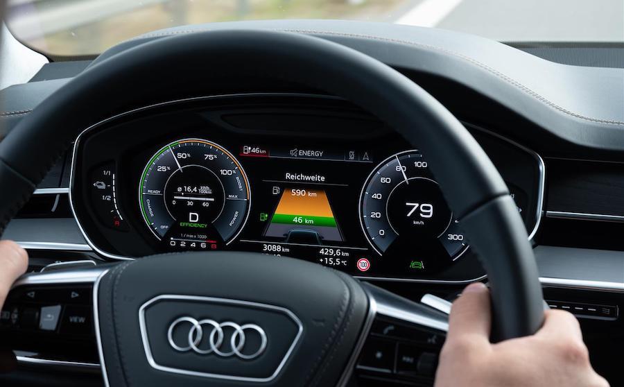Autonomia di Audi A8 ibrida TFSI e