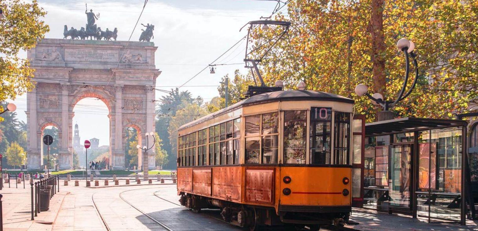 Coronavirus mezzi pubblici Milano Atm tram