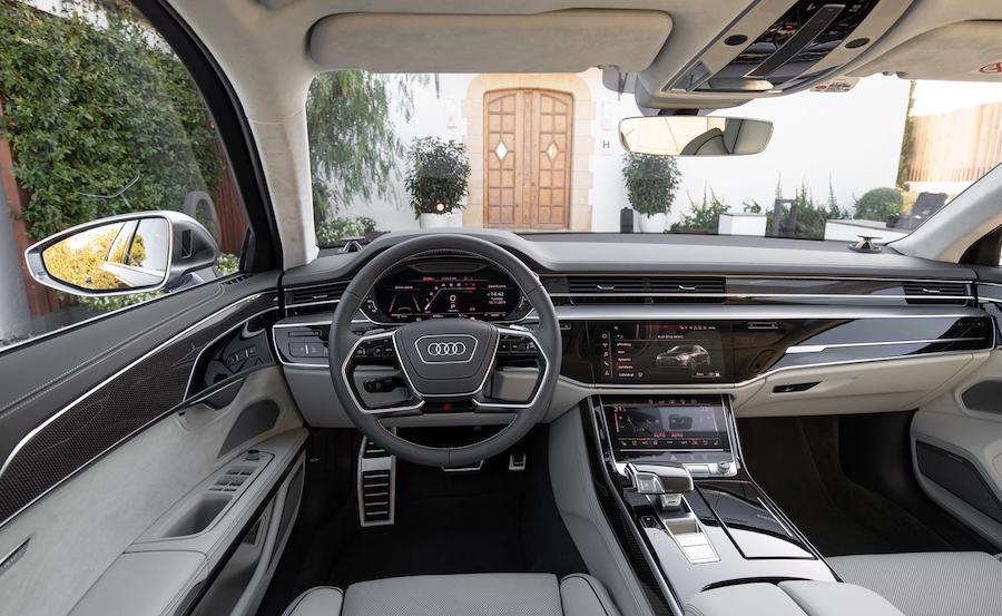 Interni di Audi S8