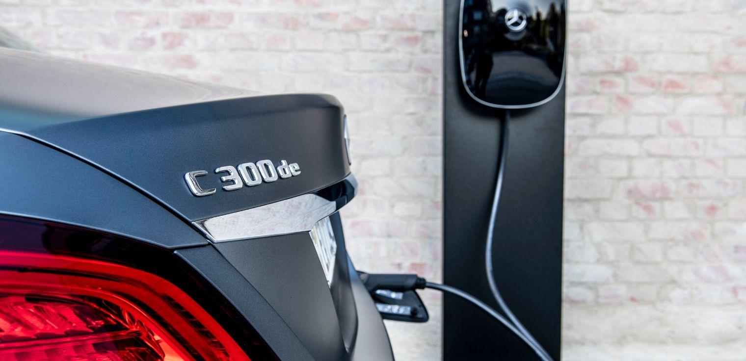 Mercedes Classe C 300 de diesel-elettrico