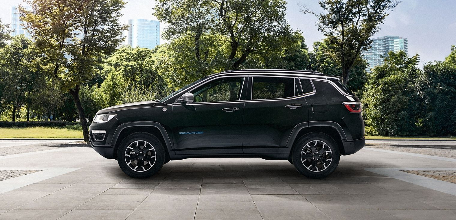Nuova Jeep Compass 4xe ibrida plug-in 2020