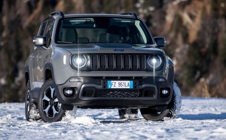 Nuova Jeep Renegade 4xe ibrida plug-in 2020