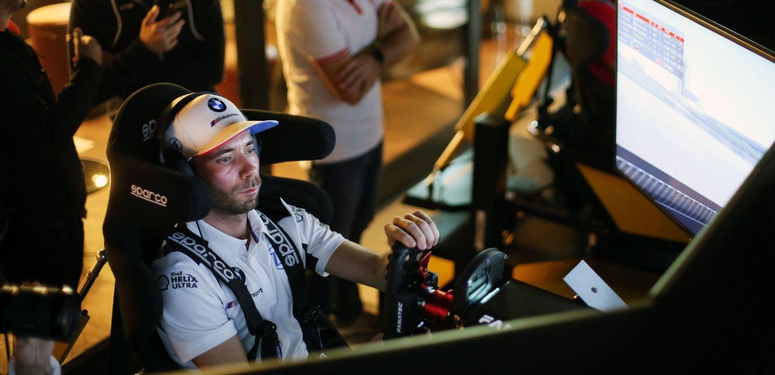 Sim racer simulatore guida