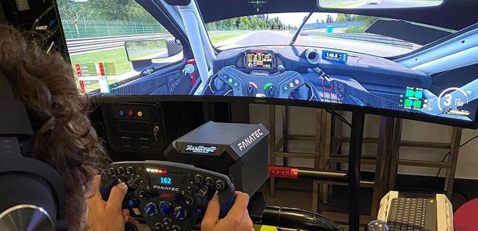 Sim racing simulatore Valentino Rossi