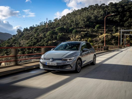 nuova Volkswagen Golf: una delle auto più vendute a luglio 2020