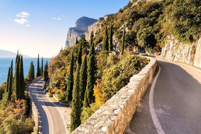 itinerai in auto in italia - lombardia