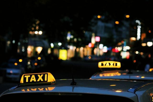 regole auto fase 2 - taxi