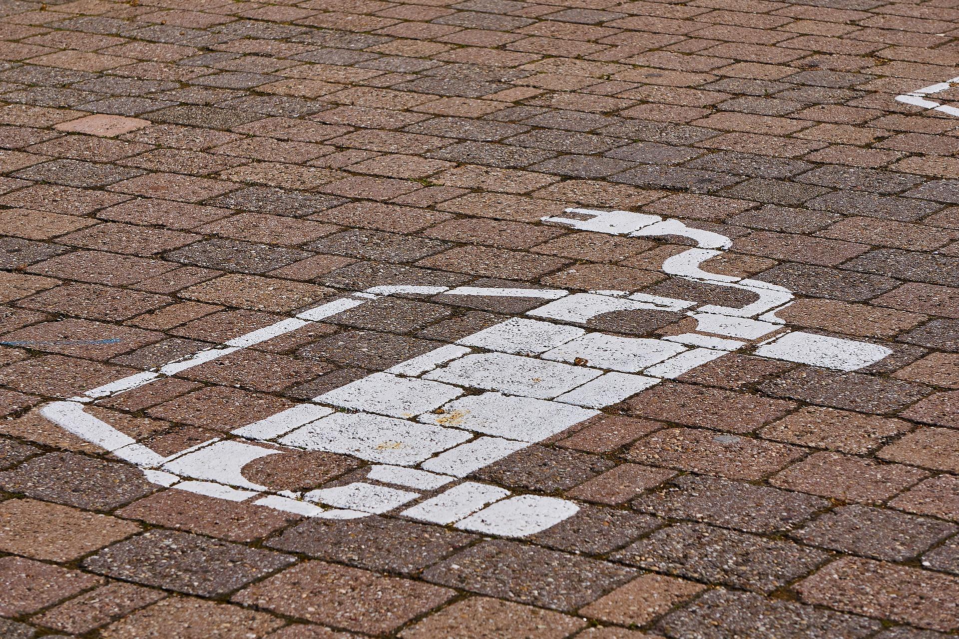 ricarica dell'auto elettrica - simbolo