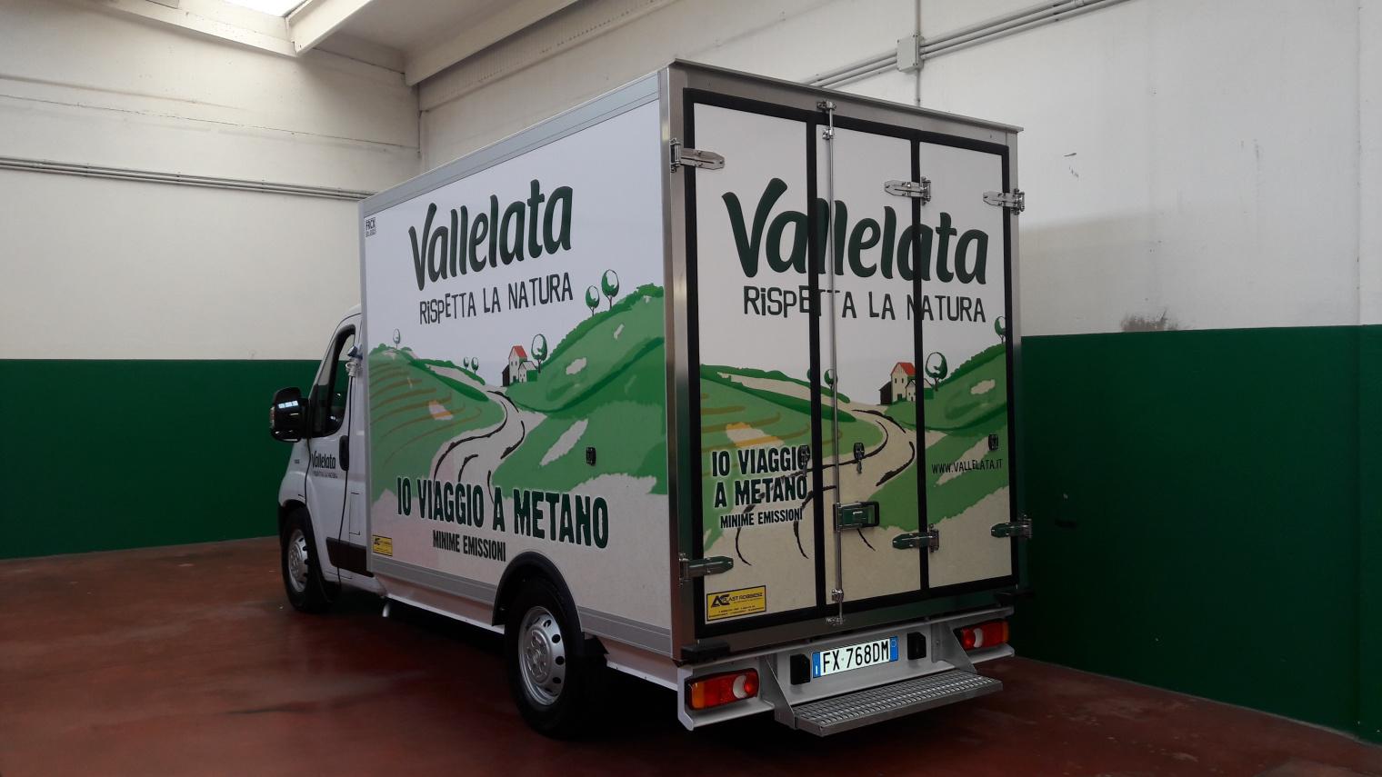 Gruppo Lactalis furgone Vallelata