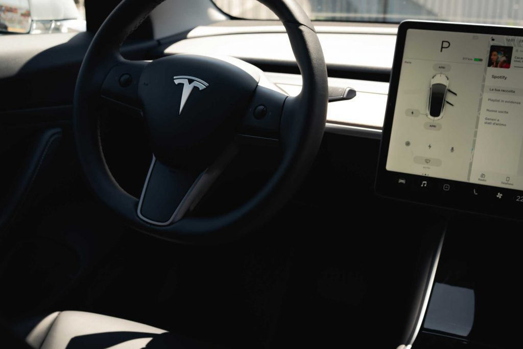 esla Model 3 Long Rage - interni
