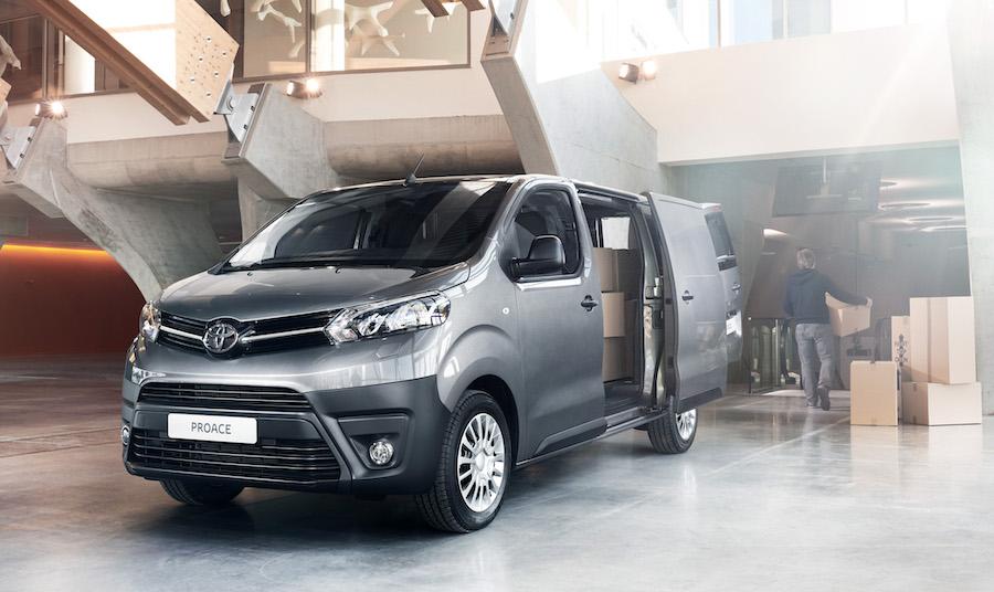 Adas di Toyota Proace van