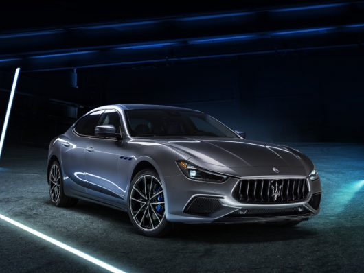 Esterni nuova Maserati Ghibli Hybrid