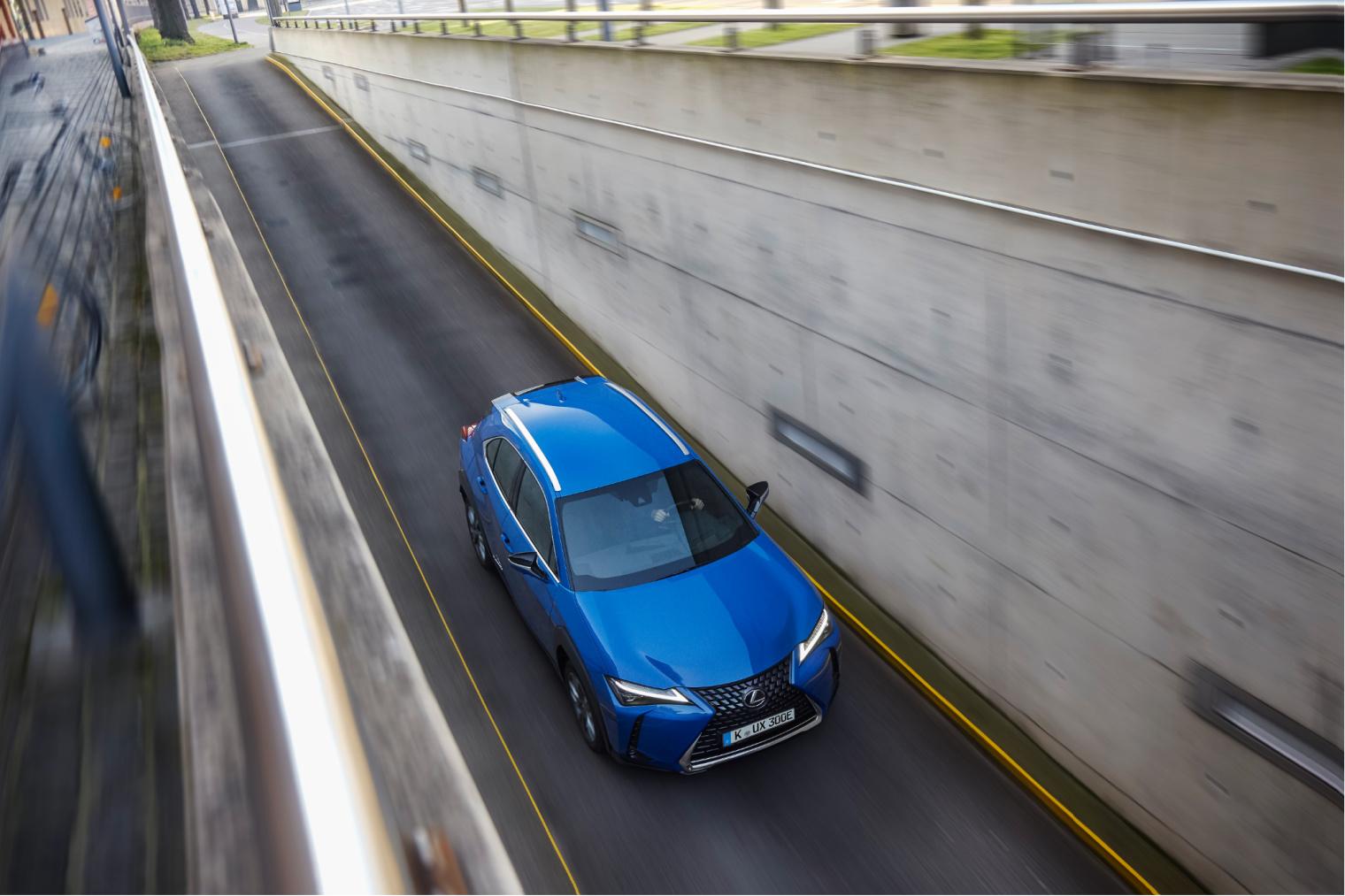 Motore nuova Lexus UX elettrica