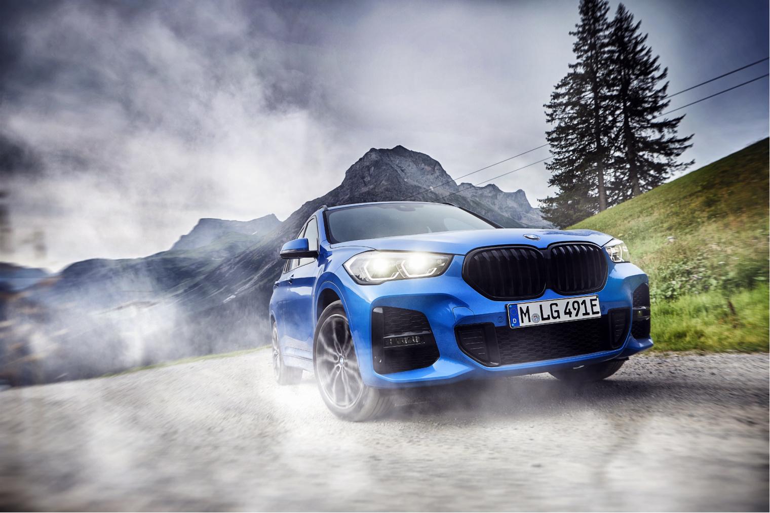 Nuova BMW X1 ibrida plug-in 2020 dinamica