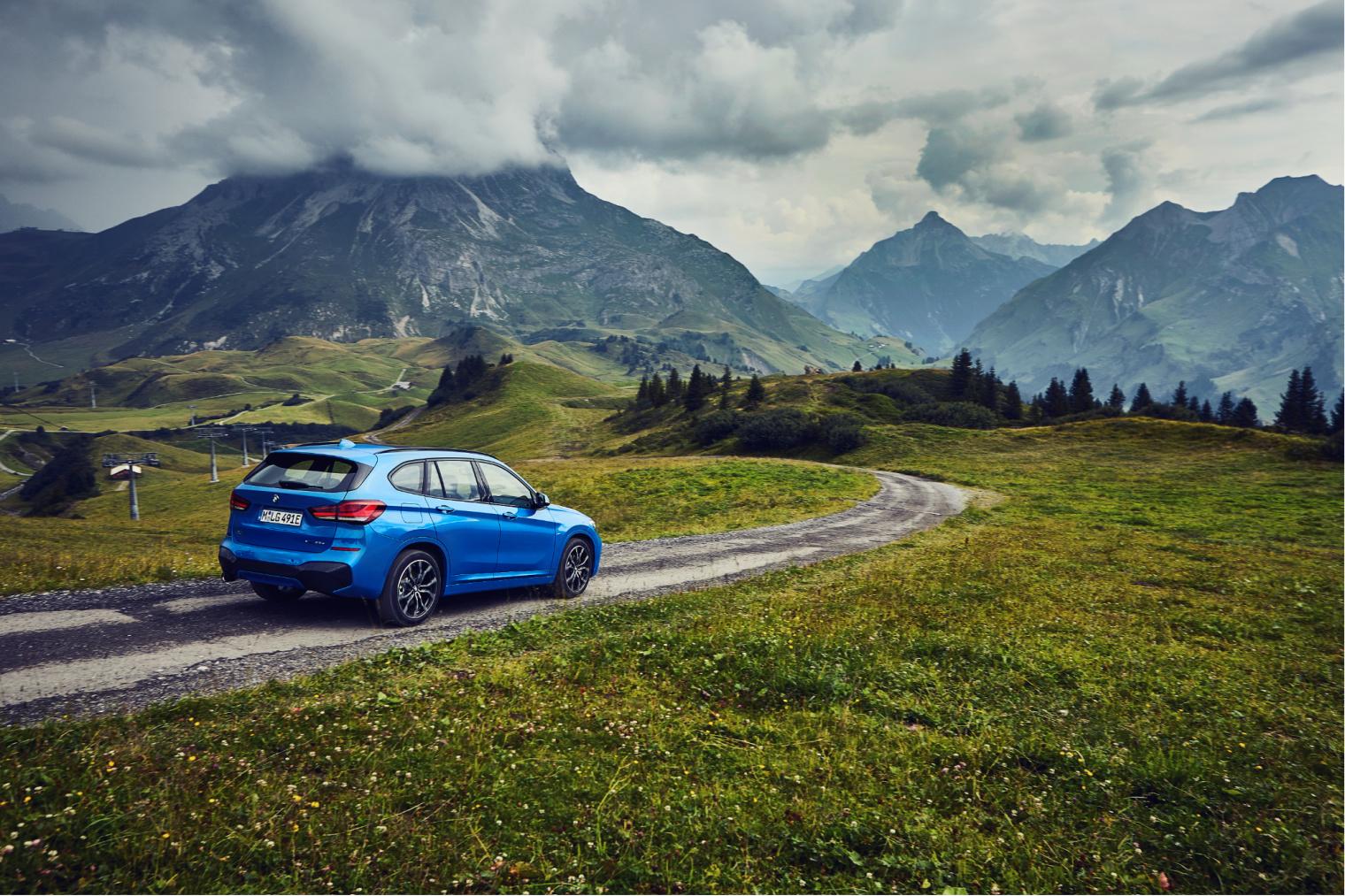 Retro nuova BMW X1 ibrida plug-in