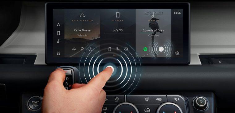 jaguar-land-rover-touch-screen