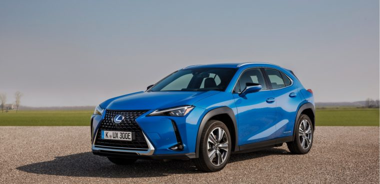 nuova Lexus UX elettrica 2020