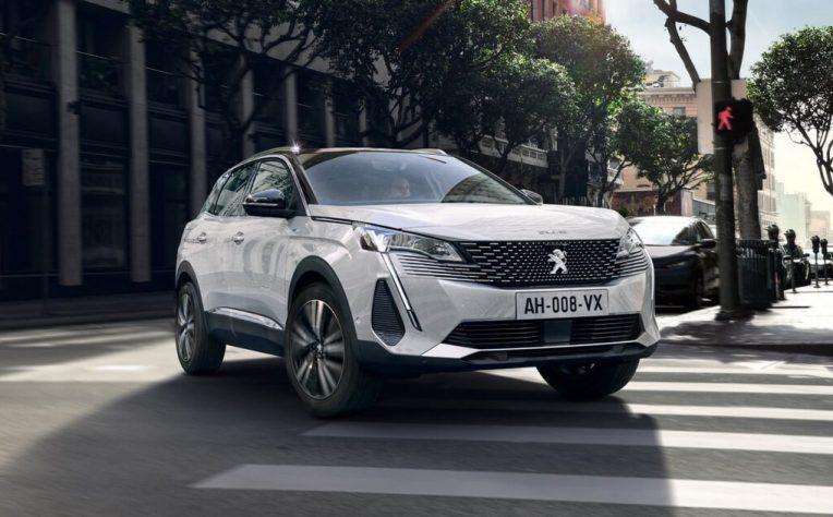 nuova Peugeot 3008 ibrida plug-in