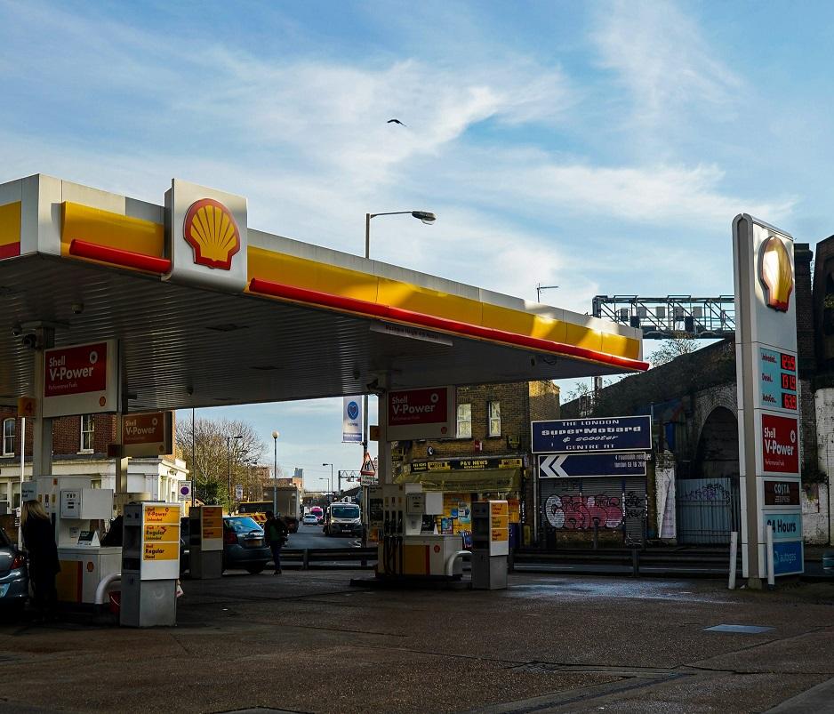 prezzi benzina e diesel aumento