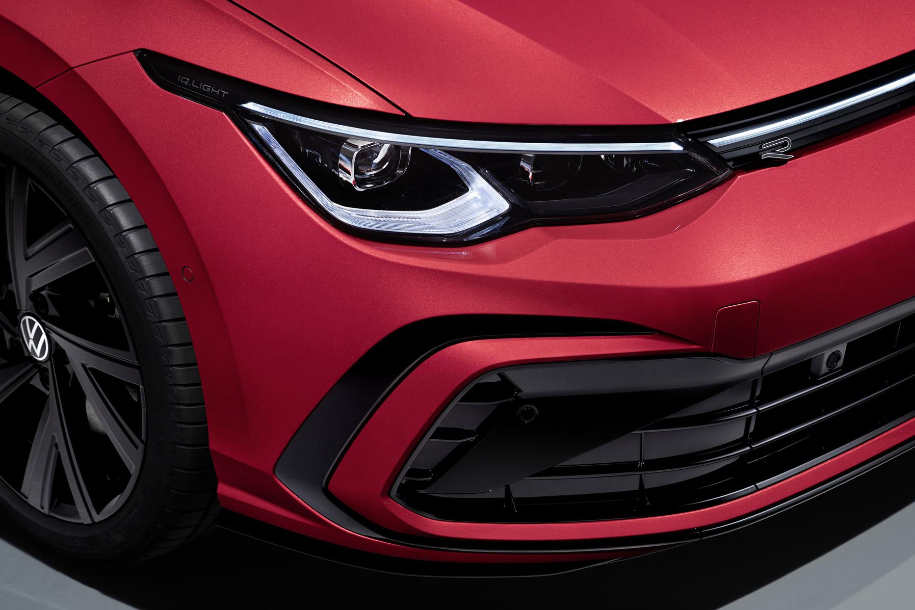 Fari matrix led di nuova Volkswagen Golf Variant