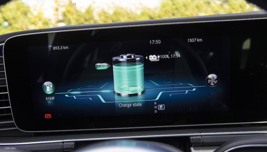 Ricarica e consumi Mercedes ibride plug-in